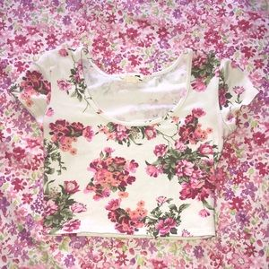 L.A. Hearts Crop Top with flower pattern